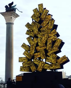 Venezia Digital Christmas tree